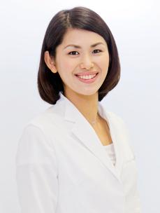 歯科医師/矯正認定医 川久保直美